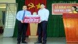 Agribank chi nhánh Đông Long An tặng hơn 80 triệu đồng cho học sinh có hoàn cảnh khó khăn