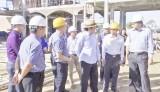 Nguyên Chủ tịch nước - Trương Tấn Sang kiểm tra tiến độ thi công Trường THPT Thiên Hộ Dương