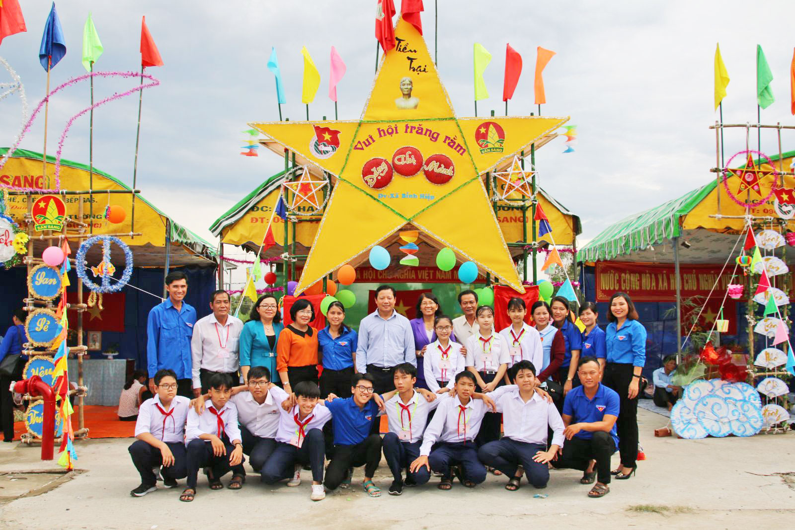 The Long An People's Committee organizes the Mid-Autumn Festival with the theme