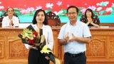 Bà Lê Thị Cẩm Tú giữ chức vụ Phó Chủ tịch UBMTTQ Việt Nam tỉnh Long An khóa IX