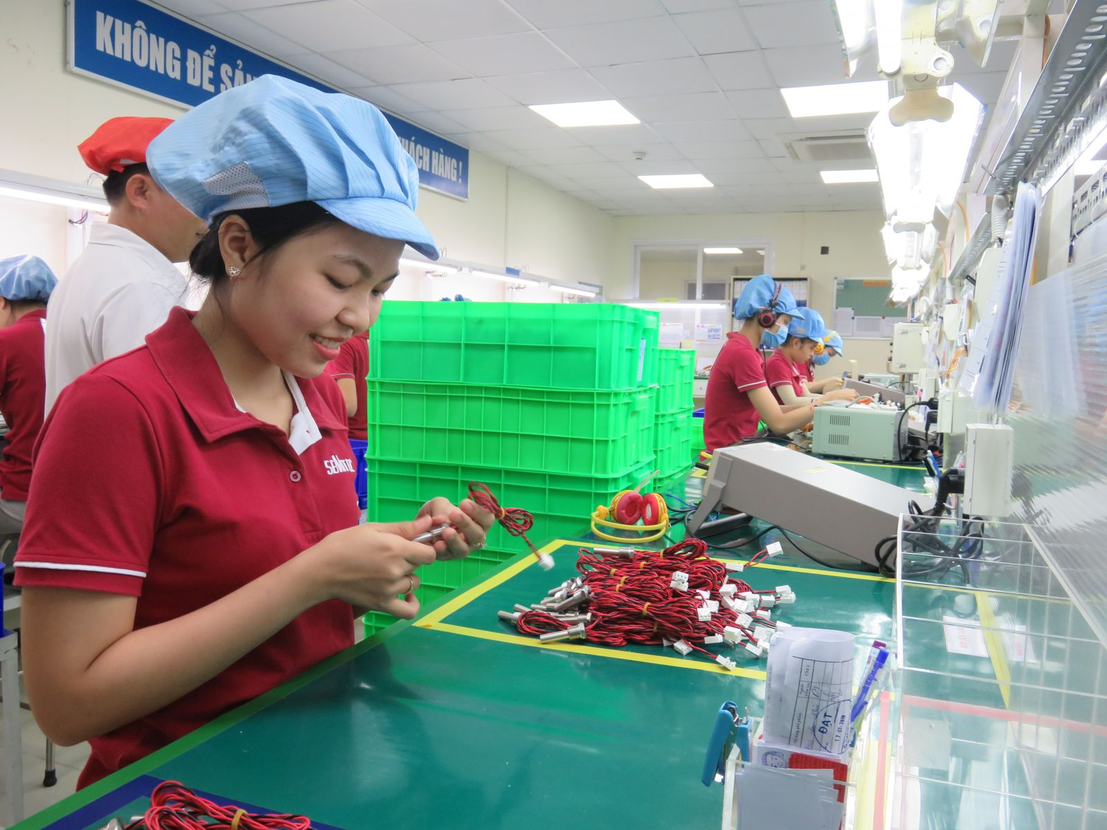 Provincial People's Committee issued investment certificates to 64 foreign investment projects with a total registered capital of 246.9 million USD