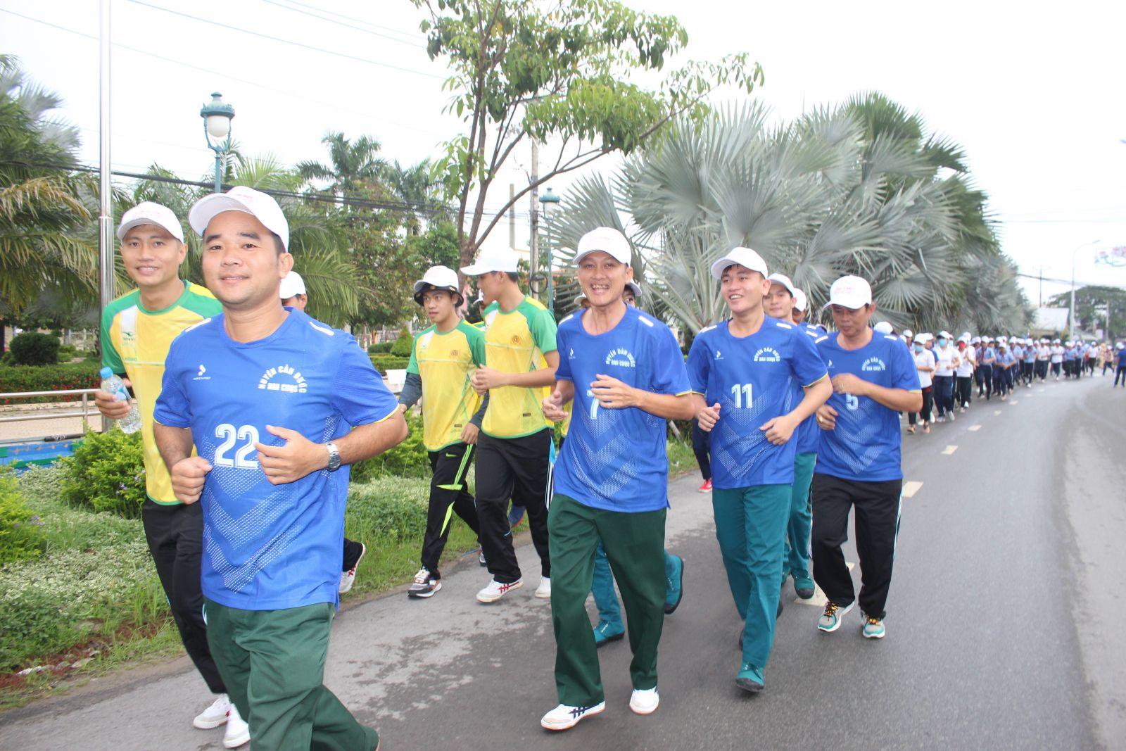 Môn bóng đá được nhiều đoàn viên, thanh niên lựa chọn Hiện nay, phong trào thể dục - thể thao trong đoàn viên, thanh niên phát triển mạnh