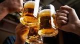Từ 15/11: Phạt thủ trưởng để nhân viên uống rượu bia trong giờ làm việc