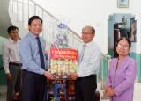 Phó Chủ tịch UBND tỉnh Long An – Phạm Tấn Hoà thăm, chúc mừng Giáng sinh Chi hội Tin lành Thuận Mỹ