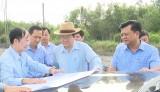 Nguyên Chủ tịch nước - Trương Tấn Sang khảo sát các khu, cụm công nghiệp tại Đức Hòa