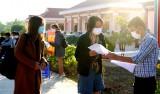 Mộc Hóa trao giấy chứng nhận hoàn thành thời gian cách ly y tế tập trung