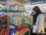 Hàng hóa tết - hàng Việt chiếm ưu thế