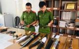 Khởi tố đối tượng tàng trữ trái phép vũ khí quân dụng