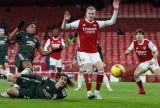 Cavani phung phí cơ hội, MU chia điểm Arsenal