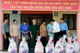 Hội Cựu chiến binh tỉnh Long An tặng 150 phần quà tết