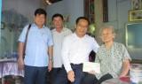 Bí thư Tỉnh uỷ Long An thăm mẹ Việt Nam Anh hùng tại huyện Bến Lức