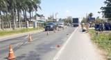 Xe máy đấu đầu xe tải ở Sóc Trăng làm một người tử vong