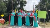 Nguyên Chủ tịch nước Trương Tấn Sang dự Lễ khánh thành cầu tại huyện Bến Lức
