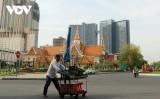 Thủ đô Phnom Penh (Campuchia) ngày đầu dỡ bỏ lệnh phong tỏa vì Covid-19