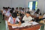 Long An: Học sinh tạm dừng đến trường nhưng không dừng việc học