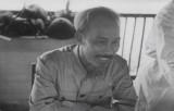 Đoạn video quý giá Chủ tịch Hồ Chí Minh đón tiếp các nhà báo quốc tế
