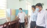 Phó Chủ tịch HĐND tỉnh – Mai Văn Nhiều kiểm tra công tác bầu cử tại huyện Bến Lức
