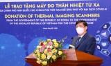 Việt Nam nhận 40 máy đo thân nhiệt từ xa do chính phủ Hàn Quốc trao tặng
