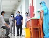 Xét nghiệm SARS-CoV-2 tại khu, cụm công nghiệp - Chủ động tầm soát dịch bệnh