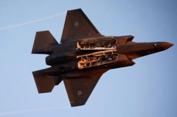 """Hệ thống S-500 của Nga – """"Kẻ hủy diệt"""" những chiến đấu cơ tàng hình tối tân nhất của Mỹ?"""