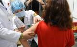 Hơn 6.000 tình nguyện viên đăng ký thử nghiệm giai đoạn 3 vaccine Nanocovax