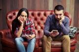 Tại sao bạn cảm thấy cô đơn trong cuộc hôn nhân của mình?