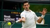 """Djokovic vào vòng 4 Wimbledon sau loạt """"đấu súng"""""""