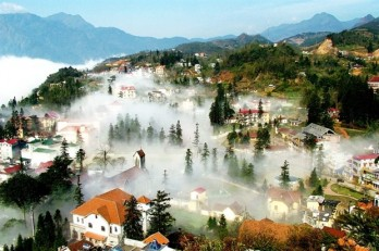 Lao Cai serves more than 1.1 million tourists in H1