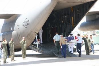 Bàn giao hài cốt quân nhân Hoa Kỳ mất tích trong thời gian chiến tranh ở Việt Nam