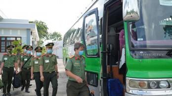 Chi viện 130 chiến sĩ, học viên cho Long An phòng, chống dịch Covid-19