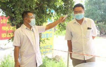 Đức Huệ: Kiểm soát chặt chẽ, ngăn ngừa dịch bệnh lây lan trên địa bàn