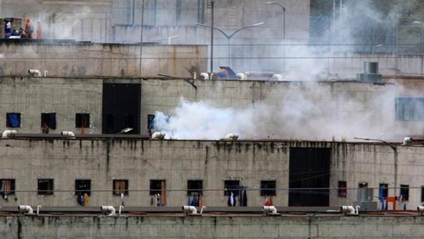 Giới chức Ecuador cho biết các vụ bạo loạn xảy ra tại hai nhà tù ở nước này ngày 21/7 đã khiến ít nhất 18 người thiệt mạng. (Nguồn: AP)