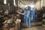 Đức Hòa: Phun khử khuẩn tại Cụm công nghiệp Hoàng Gia