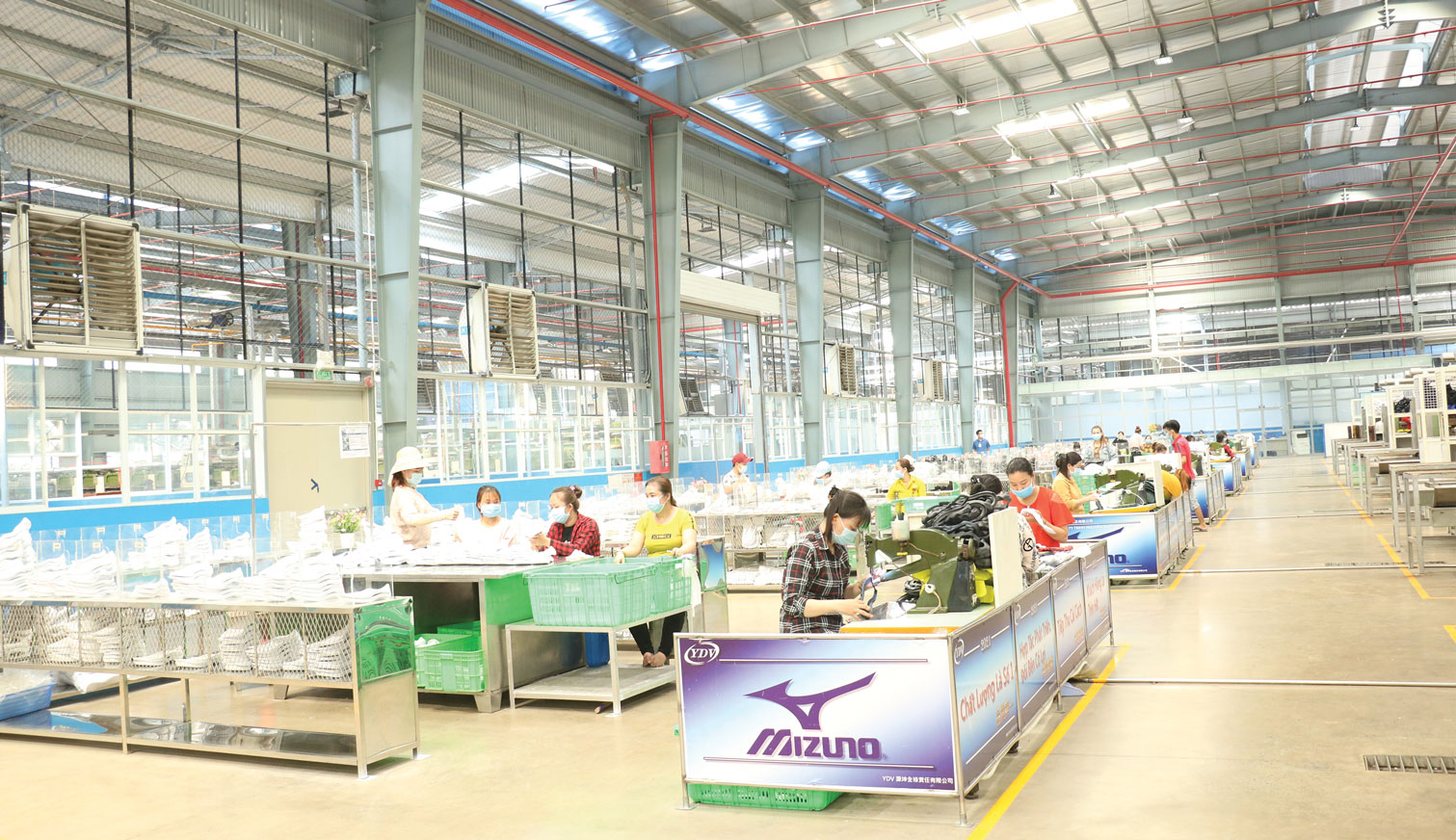 Nguyen Khoi Toan Loc Co., Ltd (100 percent capital from Taiwan) invested in 2 projects in Ben Luc district with a total capital of 20 million USD and created jobs for 800 workers (Illustrated photo)