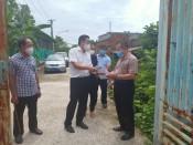 Giám đốc Sở Tài nguyên và Môi trường Long An thăm lực lượng phòng, chống dịch và nắm bắt tình hình xử lý rác y tế