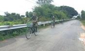 """Xe đạp """"tuần tra biên phòng"""" bảo vệ biên giới"""