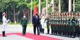 Bộ trưởng Quốc phòng Mỹ thông báo hỗ trợ Việt Nam trang thiết bị phòng chống Covid-19