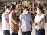 Chủ tịch UBND tỉnh Long An khảo sát việc xây dựng bệnh viện dã chiến