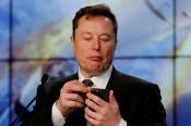 Tỉ phú Elon Musk từng muốn làm CEO của Apple?