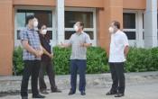 Bí thư Tỉnh ủy - Nguyễn Văn Được kiểm tra công tác phòng, chống dịch Covid-19 tại huyện Cần Giuộc