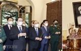 Chủ tịch nước dâng hương tưởng niệm Ngày sinh Đại tướng Võ Nguyên Giáp