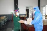 Bộ CHQS tỉnh Long An tiếp nhận vận chuyển, bàn giao tro cốt người tử vong do nhiễm Covid-19