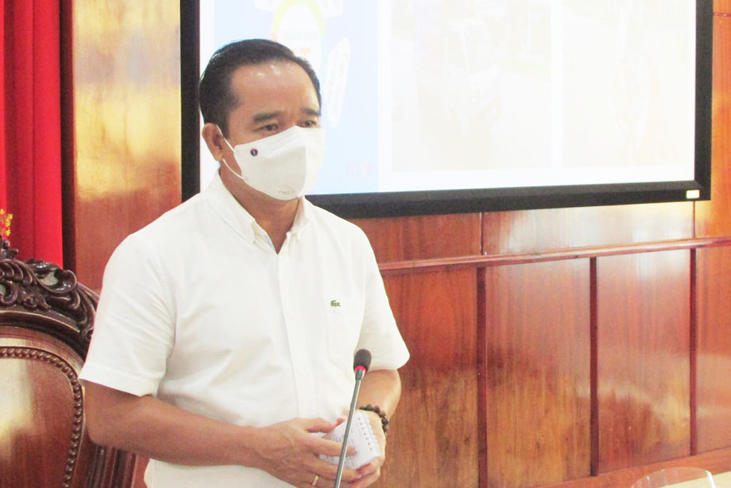 Secretary of the Provincial Party Committee - Nguyen Van Duoc asks Ben Luc district to be more drastic and faster in implementing anti-epidemic measures