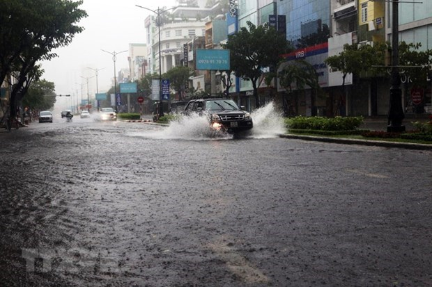 A road in Da Nang is submerged after several days of heavy rains (Photo: VNA)