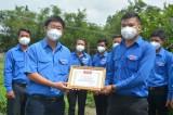 Tỉnh đoàn khen thưởng đột xuất cá nhân có thành tích xuất sắc trong công tác phòng, chống dịch Covid-19