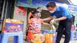 Trung ương Đoàn tặng 500 phần quà Trung thu cho thiếu nhi Long An mùa Covid-19