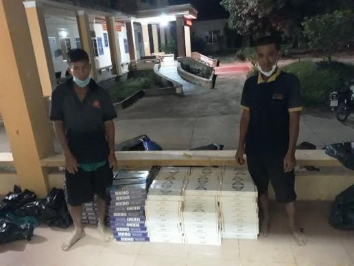 Bắt 2 đối tượng vận chuyển 2.500 gói thuốc lá ngoại nhập lậu