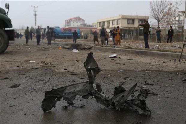 Hiện trường một vụ nổ bom ở Kabul (Afghanistan), ngày 20/12/2020. (Ảnh: THX/TTXVN)
