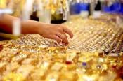 Giá vàng hôm nay 19/9/2021: Thế giới 'bốc hơi' 1,4 triệu, SJC chỉ giảm 650.000 đồng