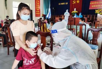 Long An tổ chức tiêm phòng bệnh bại liệt (IPV) cho trên 41.000 trẻ